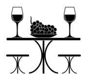 Wijnglazen en druif Stock Afbeeldingen