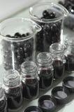 Wijnkwaliteitscontrole het testen in modern laboratorium Royalty-vrije Stock Afbeelding