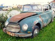 Wijnoogst gebroken auto Royalty-vrije Stock Foto's