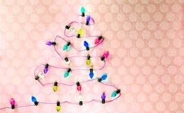 Wijnoogst Gekleurde Kerstmisboom van Vakantielichten royalty-vrije stock foto's