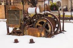 Wijnoogst Geroeste Motor & Kabel in de Winter stock foto
