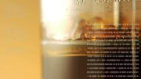 Wijnpers met binaire codes stock footage