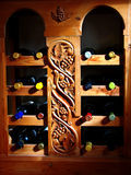 Wijnstokken in houten plank stock afbeeldingen
