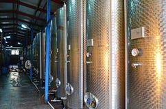 Wijnworkshop door Europese technologie in Kvareli, Georgië Royalty-vrije Stock Afbeeldingen