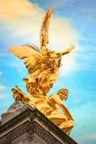 Wiktoria pomnik przy centrum handlowe drogą przed buckingham palace, Londyn Zdjęcia Royalty Free