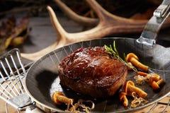 Free Wild Deer Venison Steak With Autumn Mushrooms Royalty Free Stock Photos - 144665328