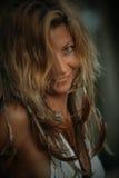 wild kvinna Arkivfoto