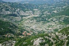 Wild stenig terrain Arkivbild
