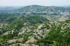 Wild stenig terrain Arkivbilder