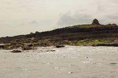 Wilde atlantische Weisen-Bootsreise auf den Klippen von Moher lizenzfreie stockfotografie