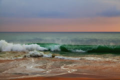 Wilde golven in de Indische Oceaan Stock Fotografie