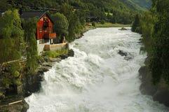 Wilde rivier - Lom, Noorwegen Royalty-vrije Stock Afbeeldingen