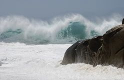 Wilde und wütende Wellen 1 Stockbilder