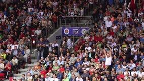 Wilde Ventilators bij Sportieve Gebeurtenis stock videobeelden