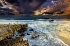 Wilder Sonnenuntergang Lizenzfreie Stockfotografie