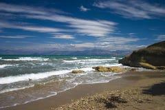 Wilder Strand der Korfu-Insel Stockfoto