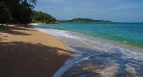 Wilder Strand in Phuket Lizenzfreie Stockfotografie