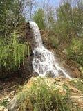 Wilder Wasserfall Lizenzfreies Stockfoto
