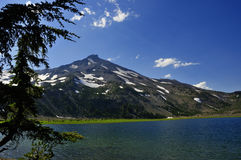 Wilderness Lake and Mountain Royalty Free Stock Images
