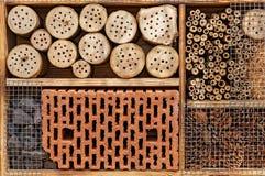 Wildes Bienen-Hotel - Insekten-Hotel - Detail Lizenzfreies Stockbild