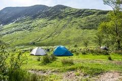 Wildes Kampieren in den wildernis von Glen Etive, Schottland stockfotografie