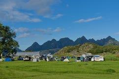 Wildes Lager in der Lofoten-Insel Arsteinen lizenzfreies stockfoto