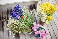 Wildflowers στις ανθοδέσμες Στοκ Εικόνα
