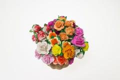 Wildflowers en cesta Fotos de archivo libres de regalías