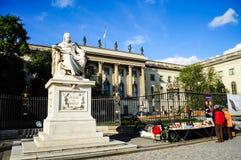 Wilhelm von Humboldt staty Arkivbild