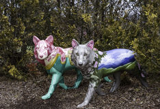 Wilk rzeźby w parkowym położeniu obrazy stock