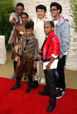 Will Smith, Jada Pinkett Smith, Willow Smith, Jackie Chan och Jaden Smith Royaltyfri Fotografi