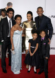 Will Smith, Jada Pinkett Smith, Willow Smith, Thandie Newton och Jaden Smith arkivbild