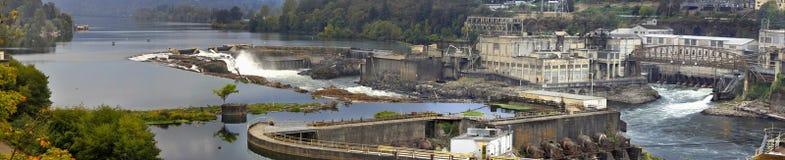 Willamette fällt Verdammung in Oregon-Stadt-Panorama 3 lizenzfreies stockbild