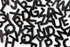 Willekeurige alfabetbrieven op een witte achtergrond Stock Fotografie