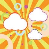 Willekeurige Pluizige Wolken Stock Foto's