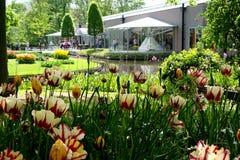 Willem-Alexander Pavilion i Keukenhofen parkerar Royaltyfri Foto