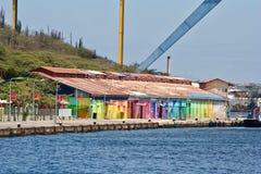 Willemstad Curacao - färgrik strand Royaltyfria Bilder