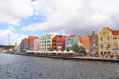 Willemstad, Curacao - 12/17/17: Kleurrijke Willemstad van de binnenstad, Curacao, in Netherland Antillen Royalty-vrije Stock Afbeeldingen