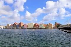 Willemstad, Curacao - 12/17/17: Kleurrijke Willemstad van de binnenstad, Curacao, in Netherland Antillen Stock Afbeelding