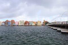 Willemstad, Curacao - 12/17/17: Kleurrijke Willemstad van de binnenstad, Curacao, in Netherland Antillen Stock Foto's
