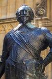 William Herbert Statue på det Bodleian arkivet i Oxford Royaltyfri Foto
