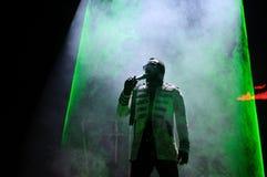 William James (lo vaya a hacer I la est), de Black Eyed Peas (banda), se realiza en el Cornella-EL Prat de Estadi foto de archivo libre de regalías