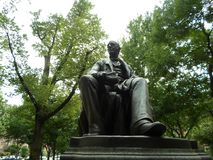 William Lloyd Garrison Statue, alameda da avenida da comunidade, Boston, Massachusetts, EUA foto de stock
