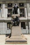 William McKinley Statue Outside de la ville hôtel de Philadelphie Images stock