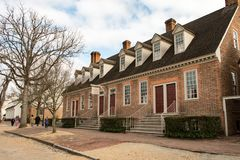 Williamsburg, Virginia - 26. März 2018: Historische Häuser und Gebäude in Williamsburg Virginia Stockbild