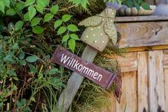 Willkommen firma dentro il giardino Immagine Stock Libera da Diritti