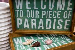Willkommen zum Paradies. Lizenzfreie Stockbilder