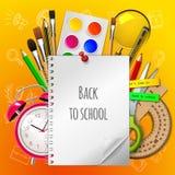 Willkommen zurück zu Schule mit Versorgungen auf gelbem Hintergrund, Vektorillustration Stockbilder