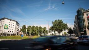 Willy Brandt Platz i Stadthalle Bielefeld czasu upływ zbiory