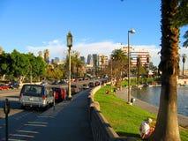 Wilshire boulevard, sjöMacarthur Park, Westlake, Los Angeles, Kalifornien, USA fotografering för bildbyråer